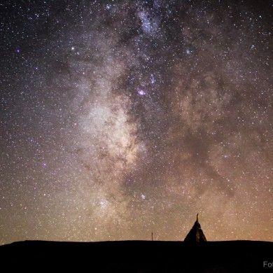 Vía Láctea tras la Virgen de Las Nieves