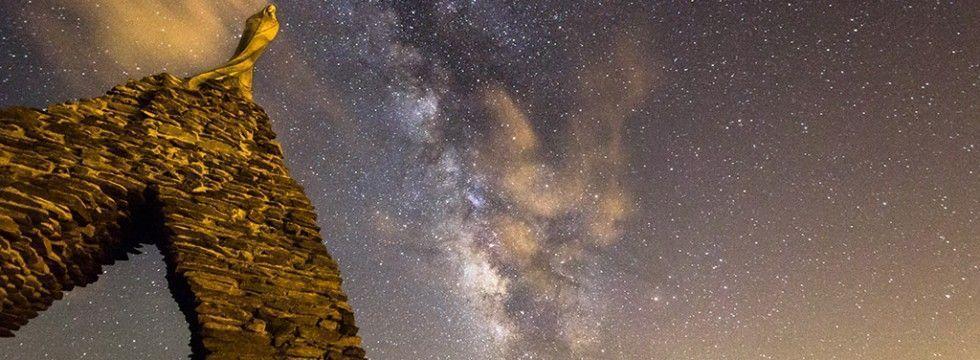 La Vía Láctea saluda a la Virgen de Las Nieves